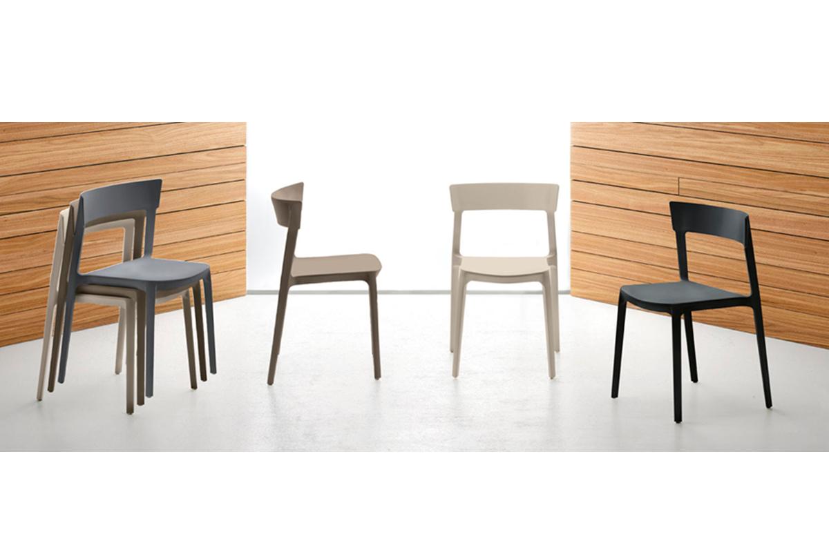 792-hom34-mesas-sillas
